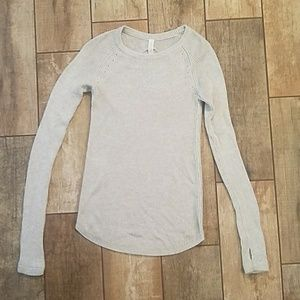 NWOT Lululemon gray women's sweater